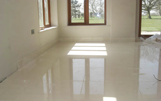 Fast setting liquid screed