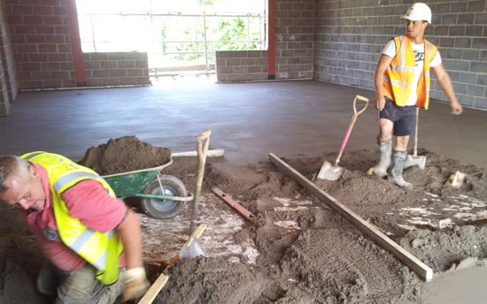 Traditional Screed Laying